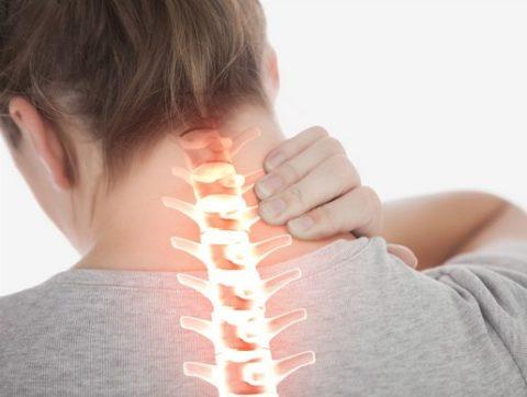 Боль в горле при остеохондрозе шейного отдела: причины и лечение