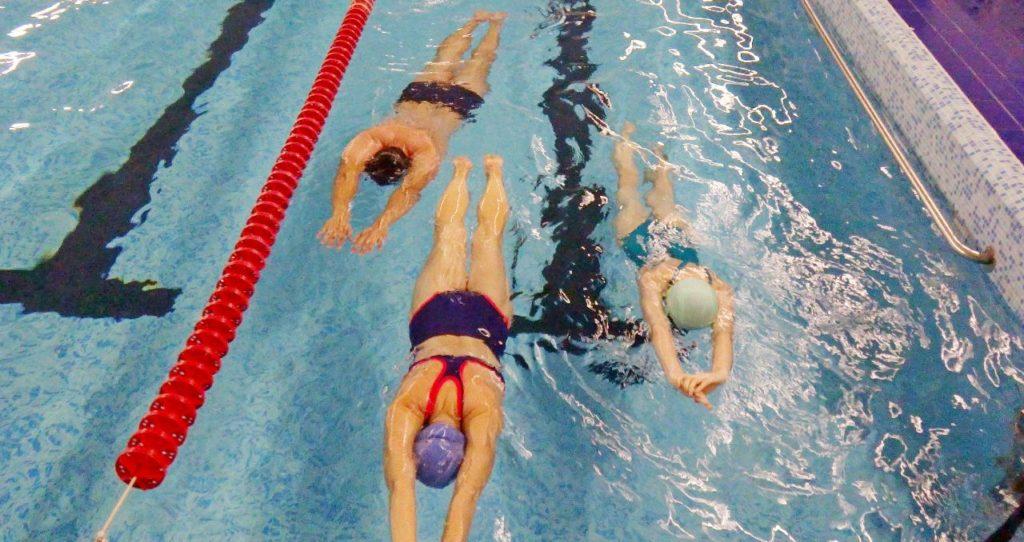 Польза плавания при остеохондрозе