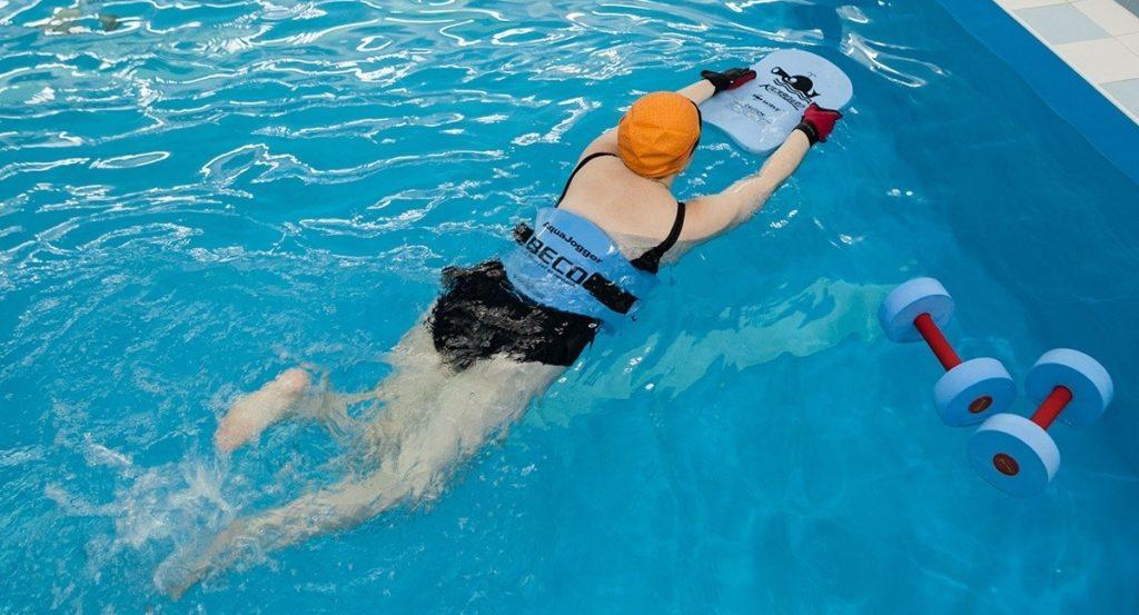Как правильно тренироваться в бассейне