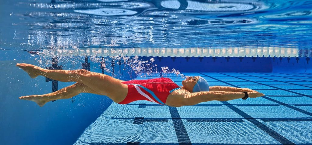 Плавание на спине при шейном остеохондрозе