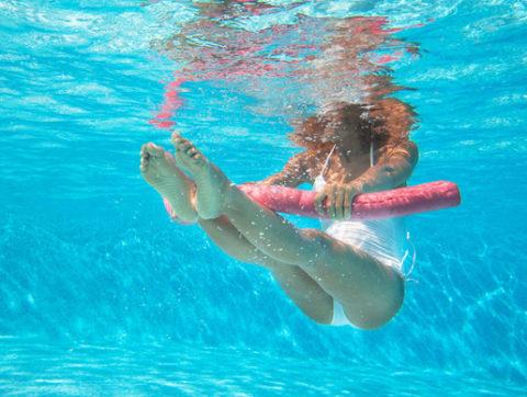 Можно ли заниматься аквааэробикой при остеохондрозе