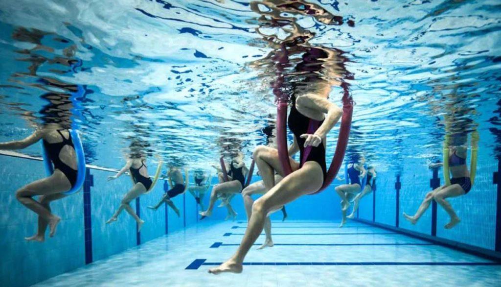 Можно ли заниматься аквааэробикой при обострении остеохондроза
