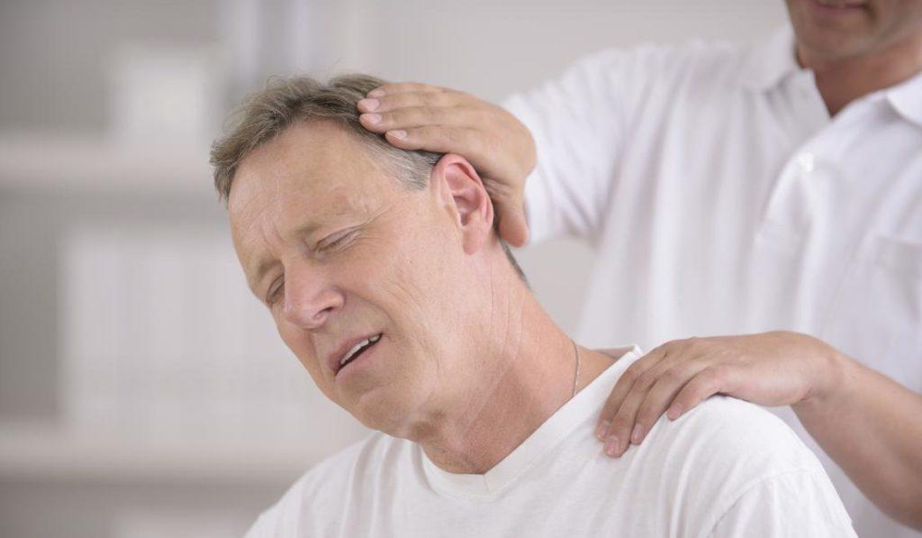 Что такое шейный остеохондроз?