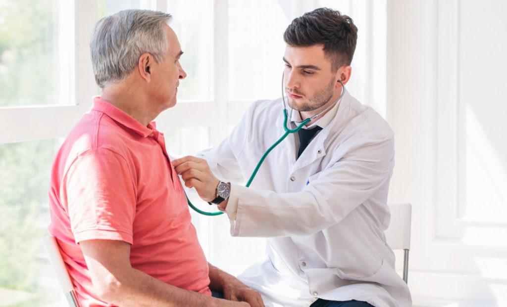 Осмотр у врача кардиолога
