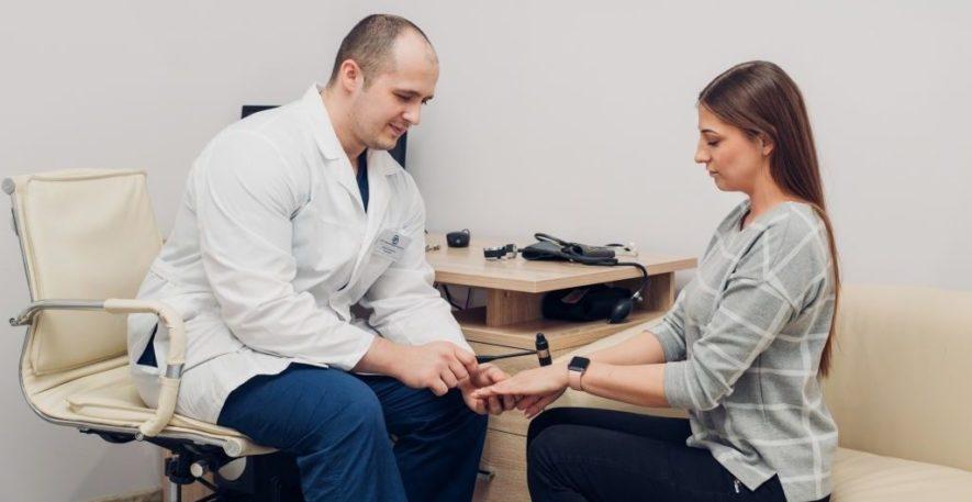Осмотр врача невропатолога