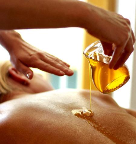 Медовый массаж при остеохондрозе