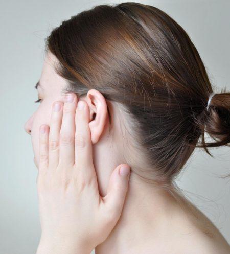 Может ли закладывать уши при остеохондрозе