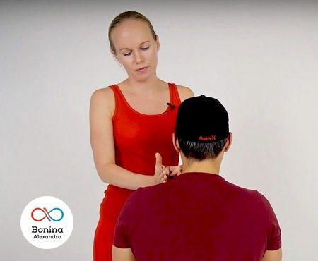 Чем снять боль в шее при шейном остеохондрозе